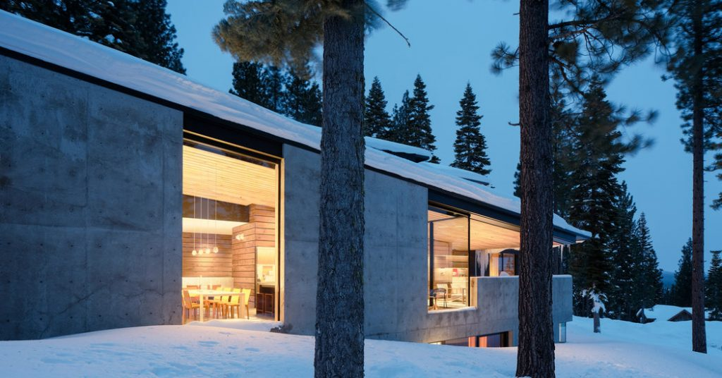 A Lake Tahoe House That Mirrors a Ski Run